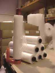 Pallet Stretch Wrap 400mm x 250M x 20 Micron Standard Length Cores - Box of 6 Rolls